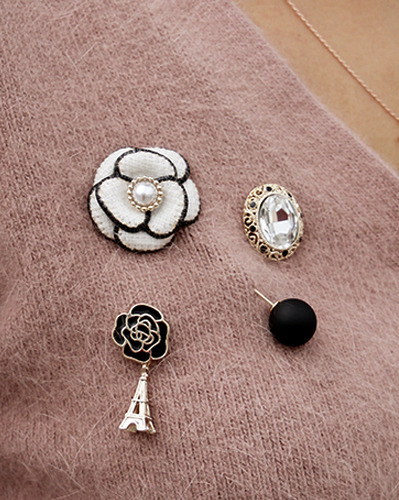 Paris mood broach=ACC